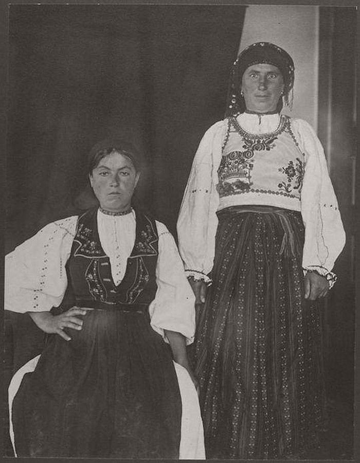 vintage-ellis-island-immigrants-1900-1910s-06