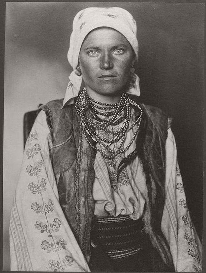 vintage-ellis-island-immigrants-1900-1910s-08