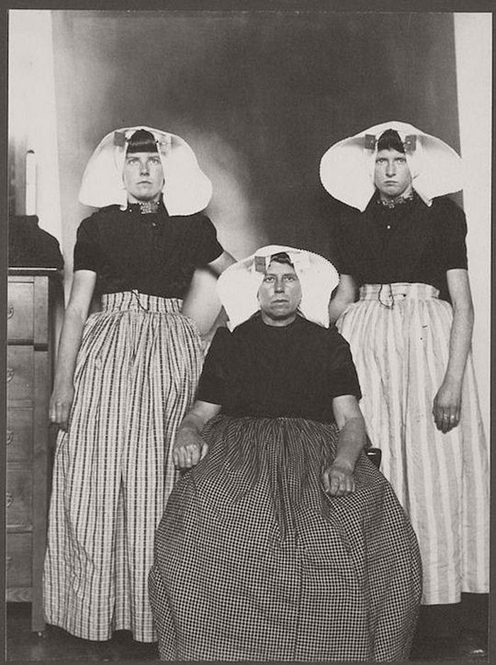vintage-ellis-island-immigrants-1900-1910s-11