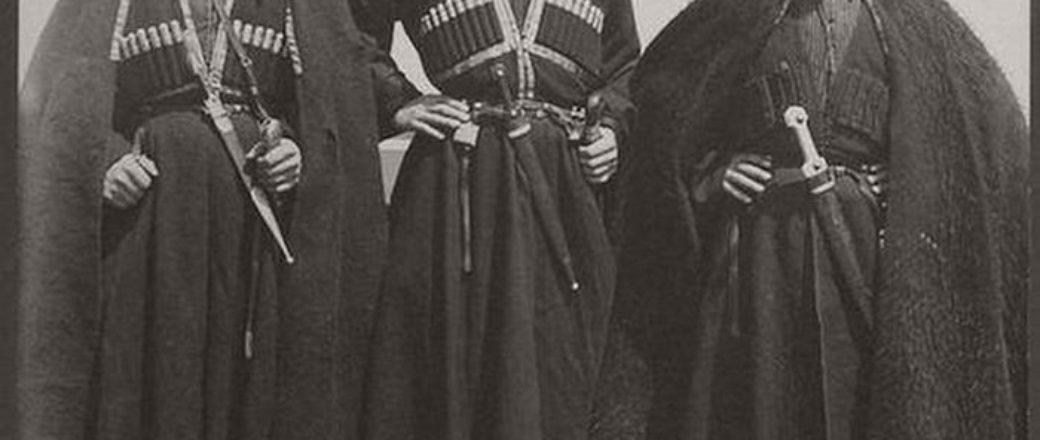 Vintage: Ellis Island immigrants (1900-1910s)