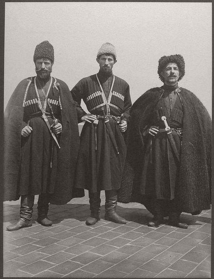 vintage-ellis-island-immigrants-1900-1910s-22