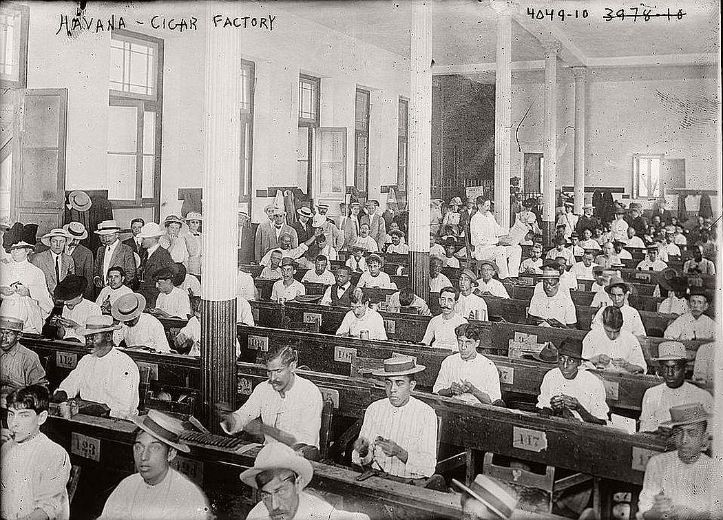 In a cigar factory, Havana, ca. 1915-20
