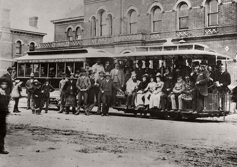 Melbourne's first cable tram service; between Bridge Road, Richmond, and Spencer Street via Flinders Street, 11 November 1885