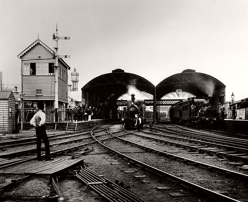 Flinders Street railway station, 1885