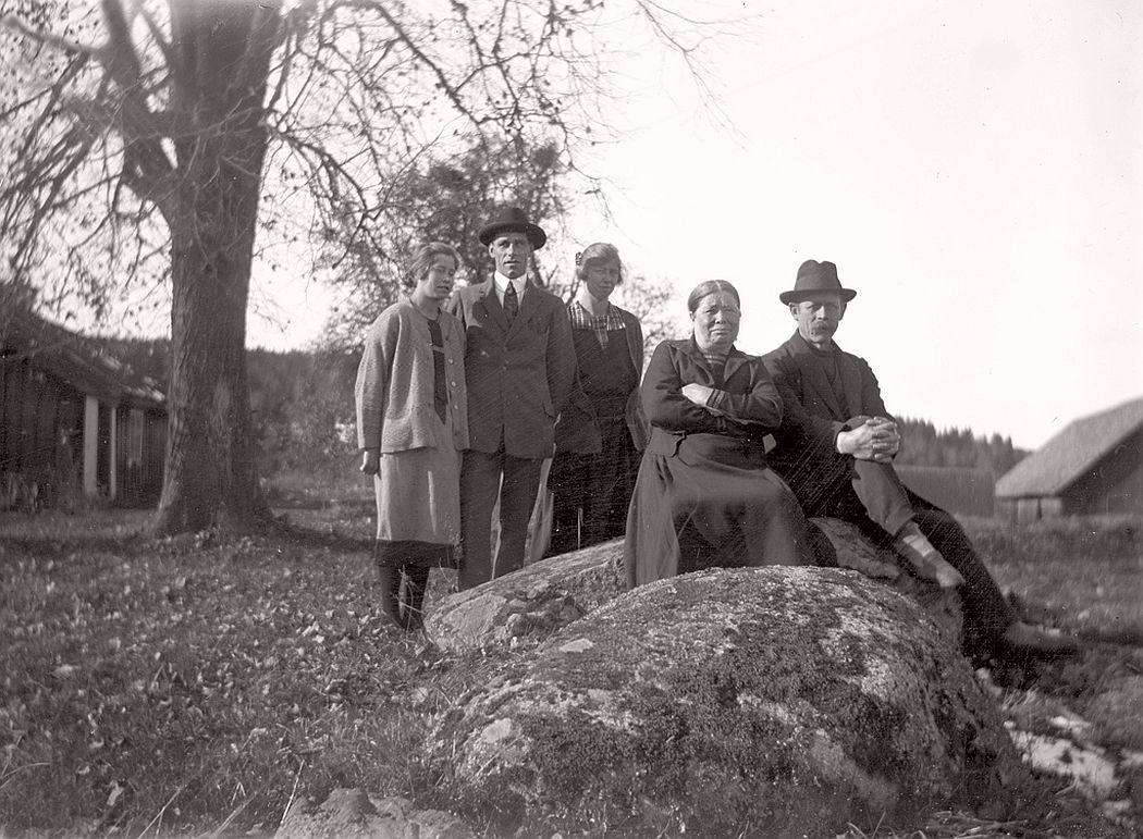 Gustavsson group in Stjerneborg, 1926.