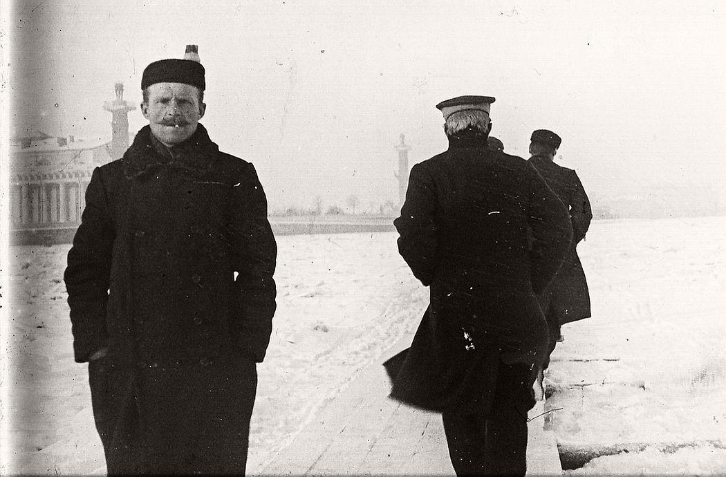 Detail on the frozen Neva, St Petersburg, ca. 1910s