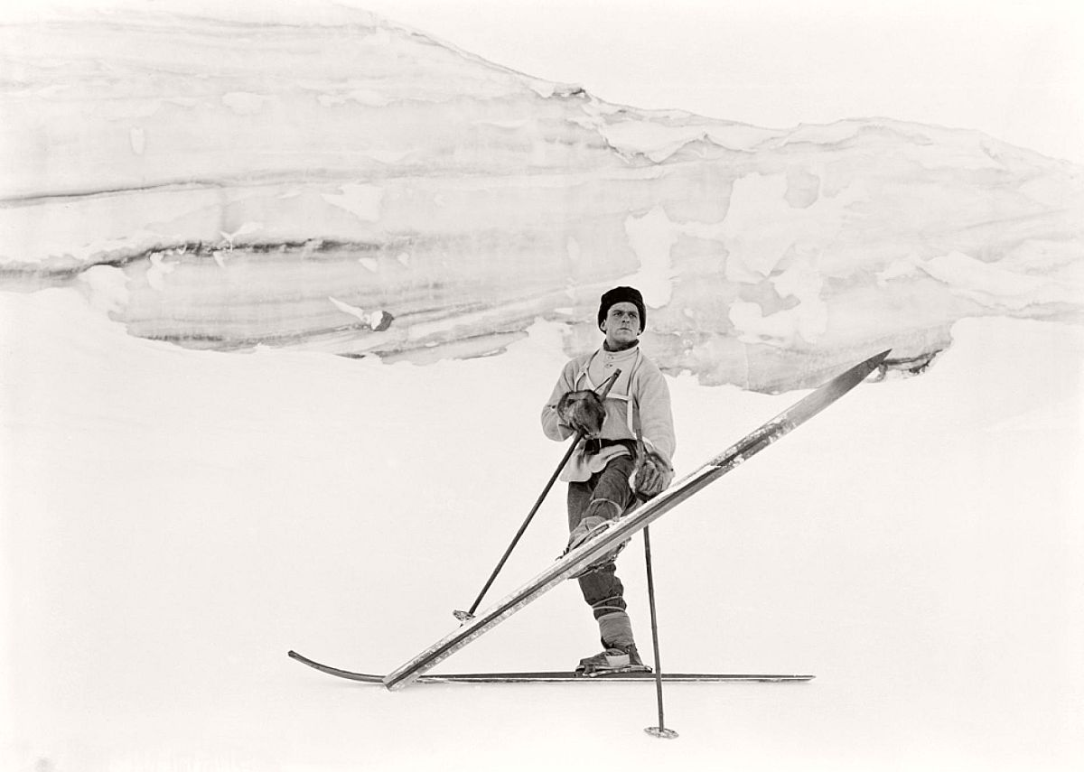 Norwegian ski expert Tryggve Gran executes a turn in October 1911.  Gran, who was a sub-lieutenant on the expedition, also gave ski lessons to the South Pole trekkers—most of whom had little experience on skis.