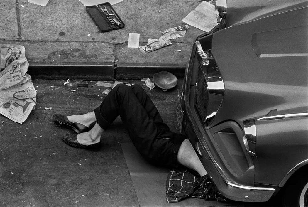 Larry Fink  Twelfth Street, 1967