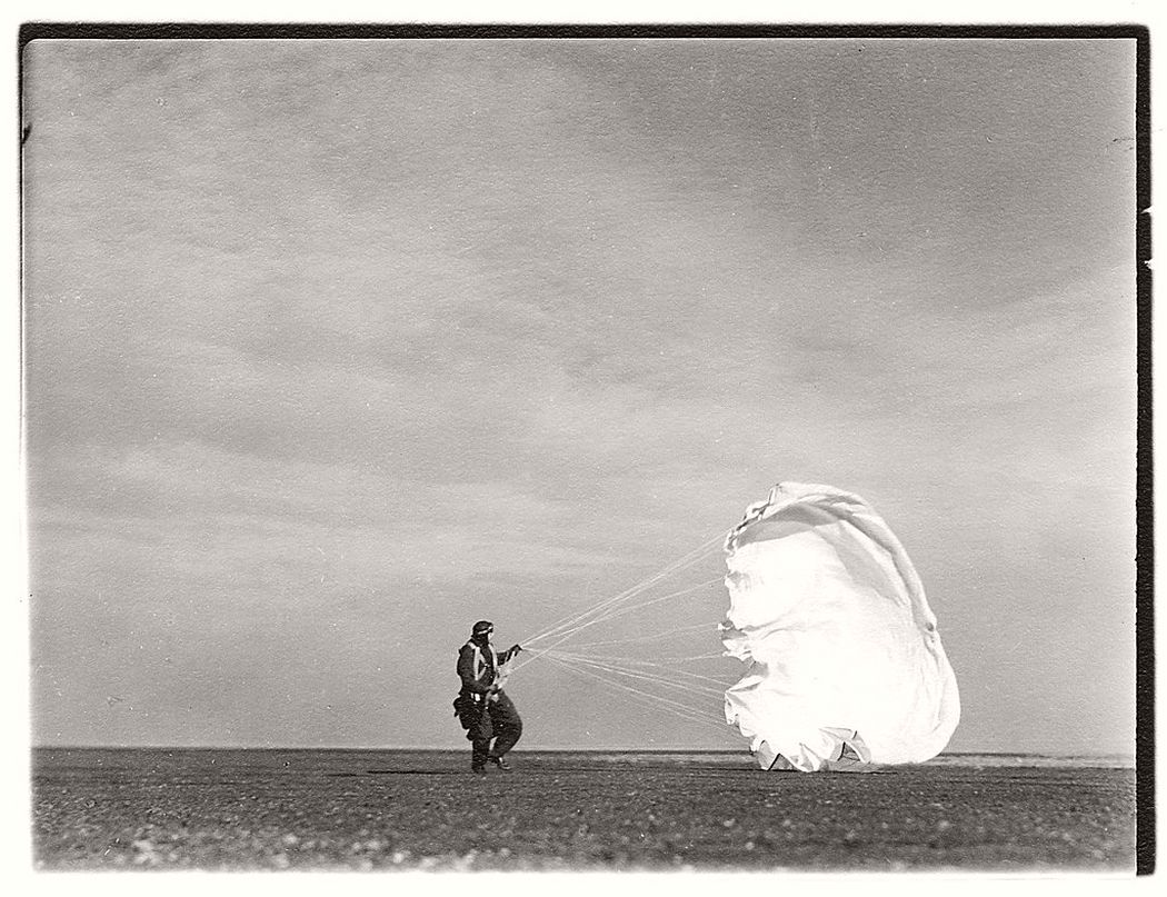 Margaret Bourke-White  Untitled #44 (Twenty Parachutes), 1937