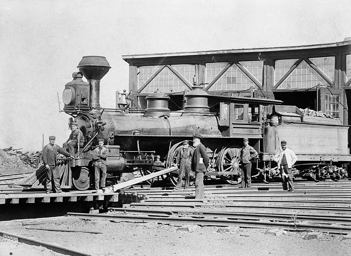 Canadian Pacific Railway locomotive at roundhouse at Gleichen, Alberta. Date: [ca. 1885]