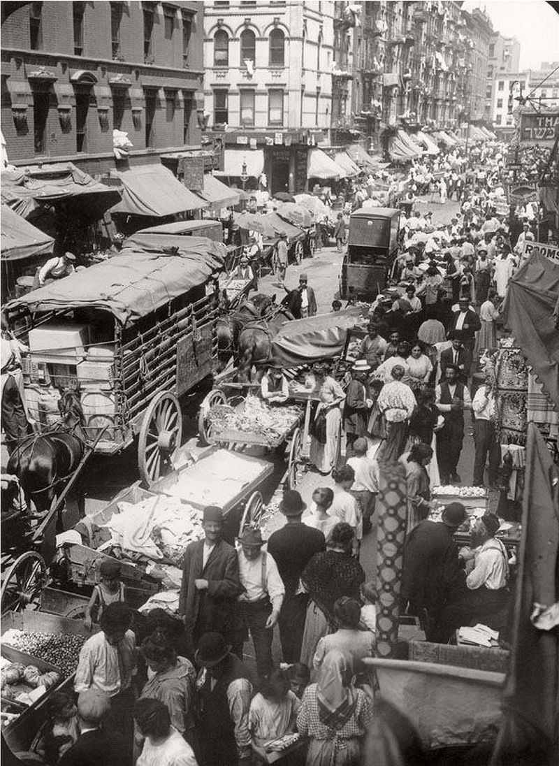 Vintage: Edwardian Markets in the 1900s | MONOVISIONS