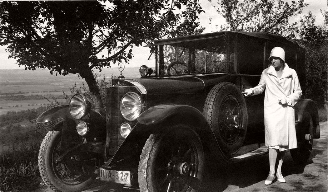 vintage german ladies with their classic cars 1920s