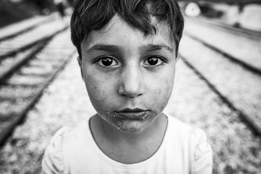 People 3RD PLACE WINNER (amateur) 3RD PLACE WINNER Szymon Barylski, I Refugee