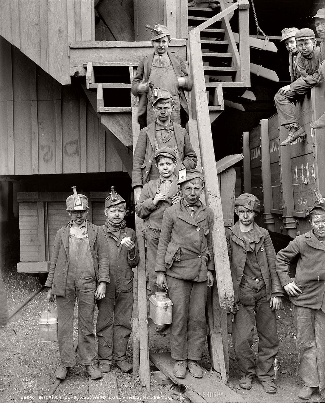 Coal breakers in break-time, Pennsylvania, 1911