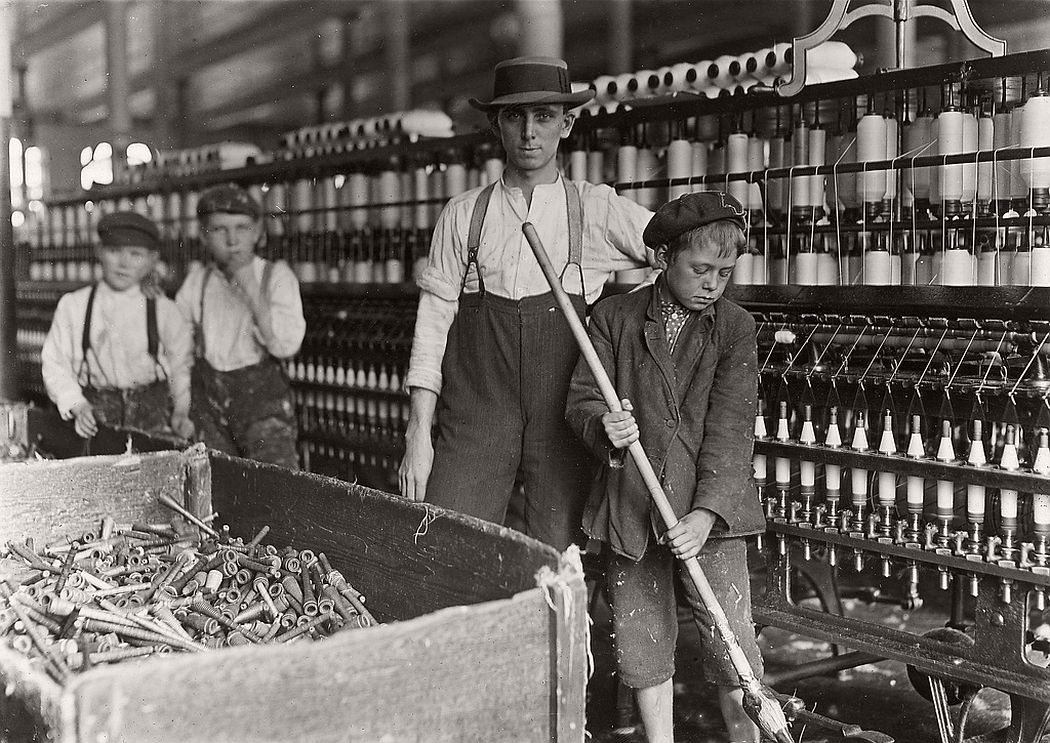 Sweeper and doffer boys in Lancaster Cotton Mill, Lancaster, South Carolina, 1908