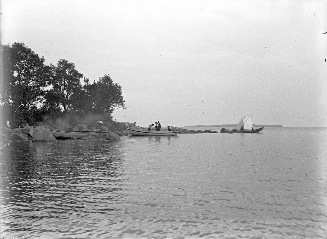 People on a boat on Helsinki archipelago