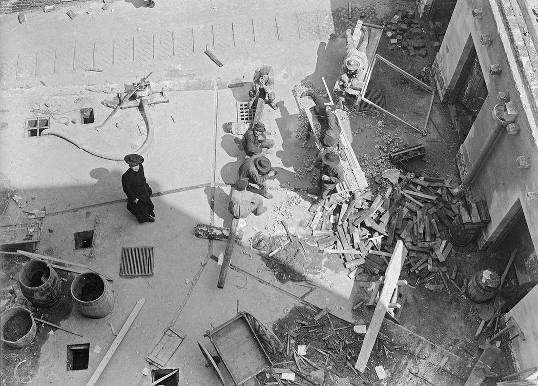 Construction workers taking a break, Helsinki
