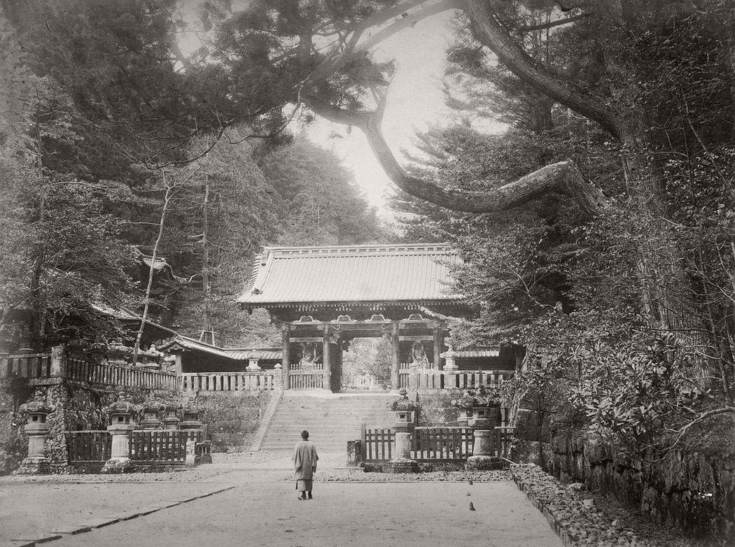 Omotemon (Nioh) Gate in Nikko, ca. 1880