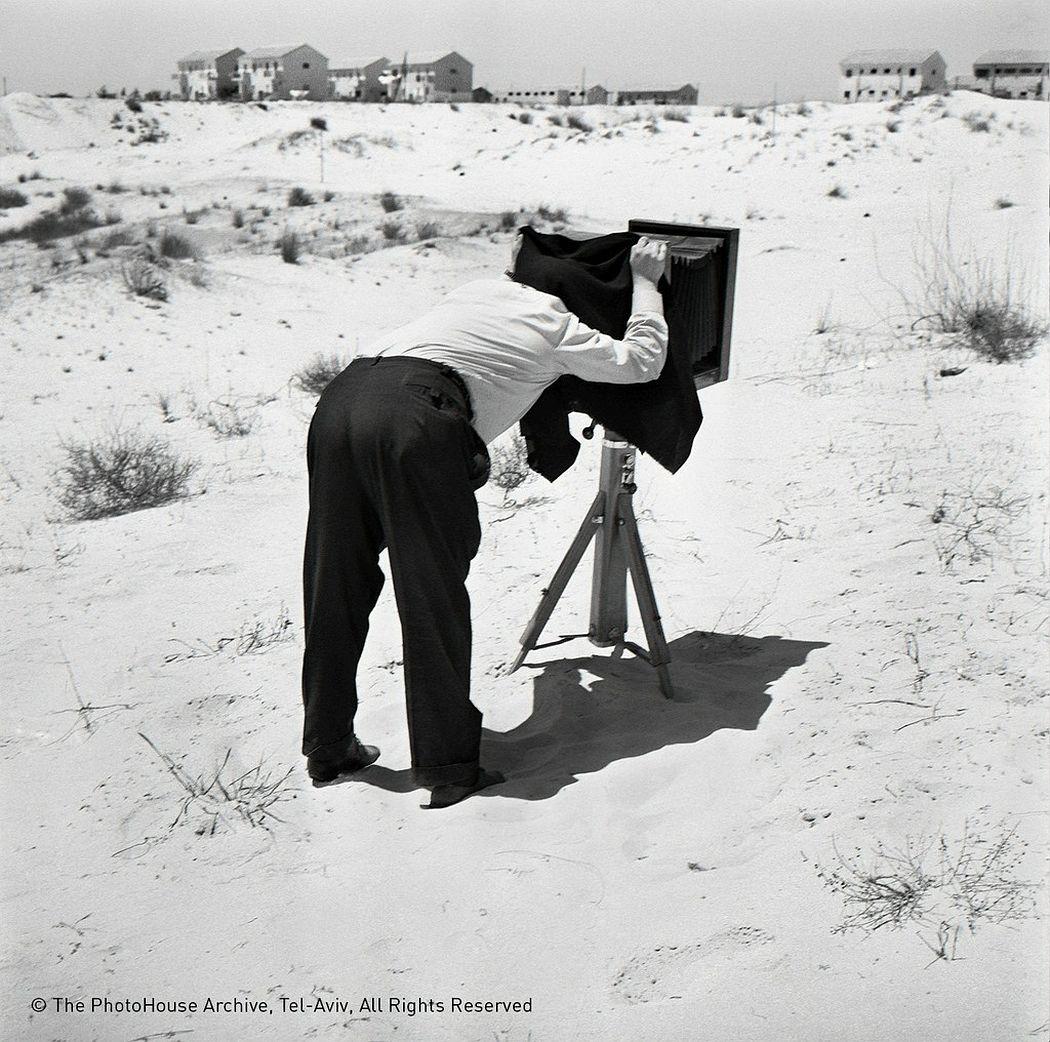 Rudi Weissenstein  a photographer on the dunes, 1962