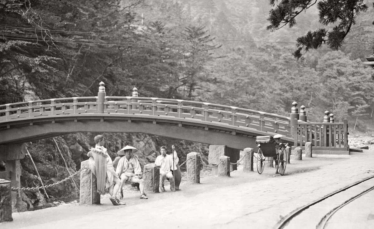 Japan Daily Life by Arnold Genthe (1908)