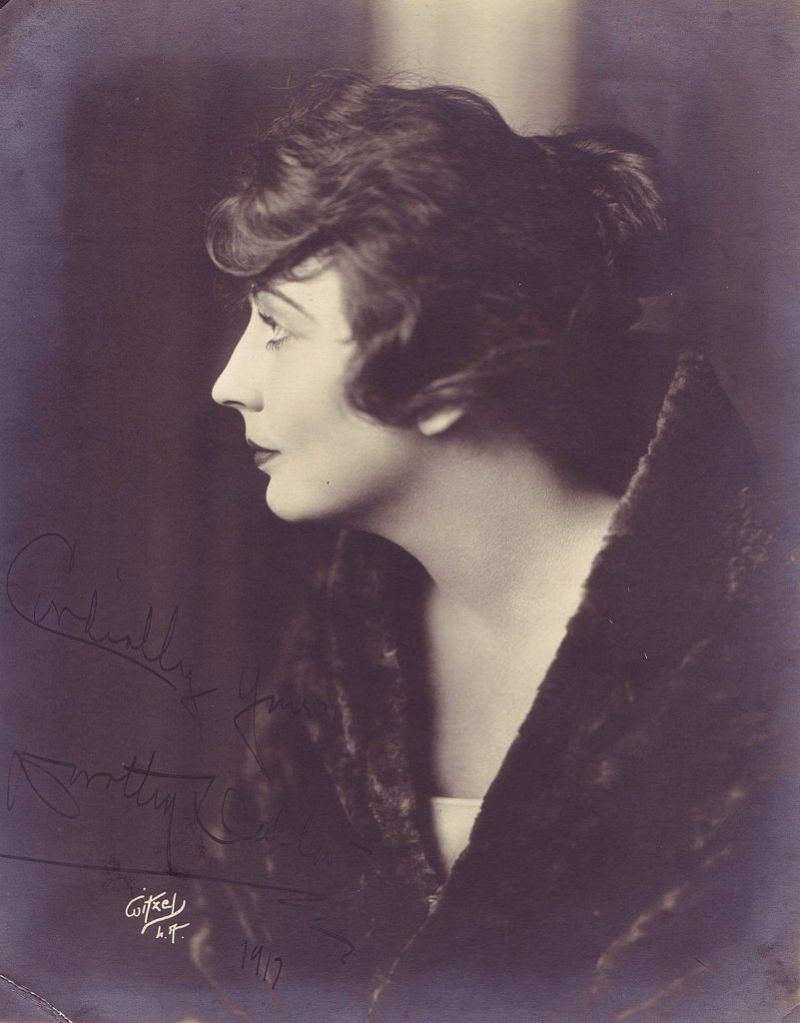 Vintage: Portraits of American Silent Film Movie Actresses