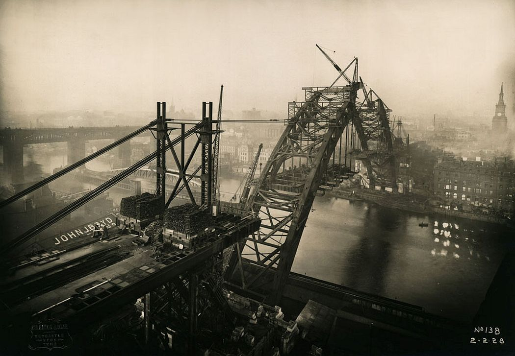 View of progress with the Tyne Bridge, 2 February 1928, showing the two halves getting closer together