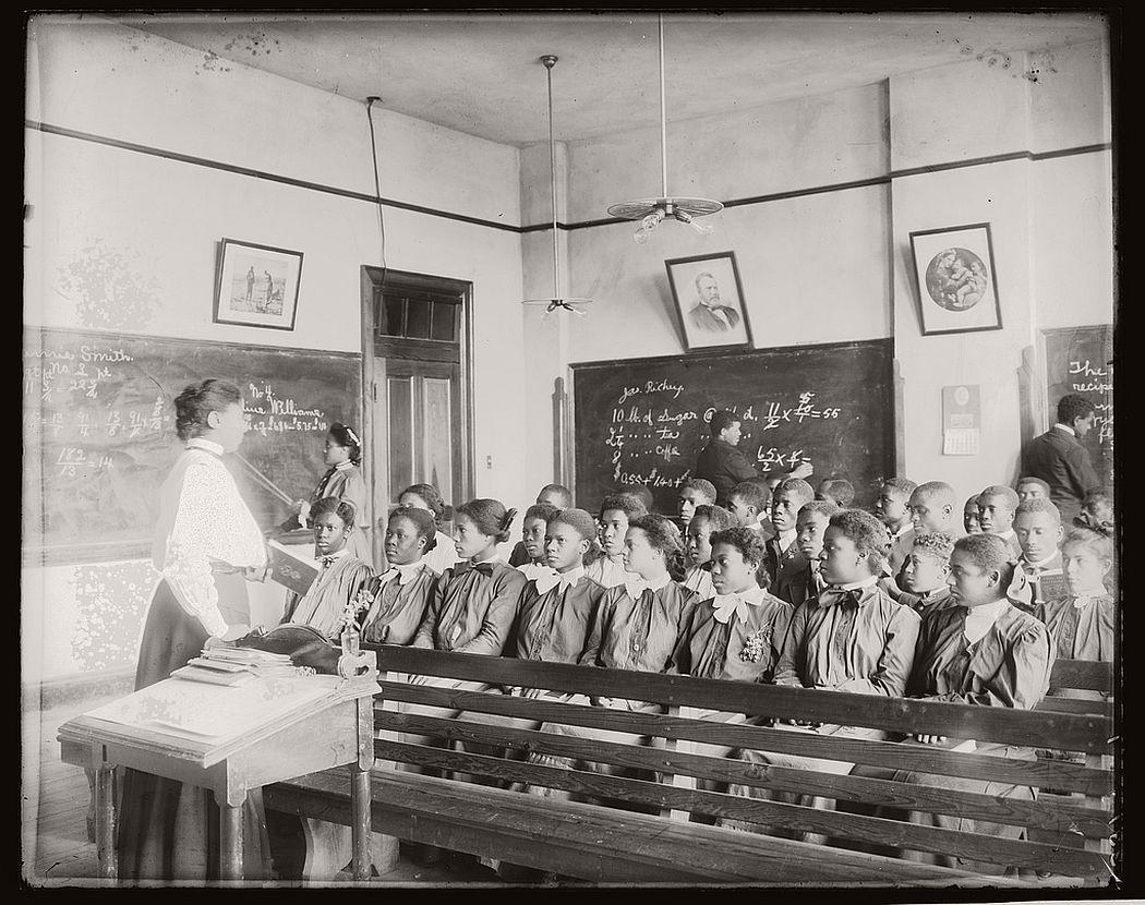 Mathematics class at Tuskegee Institute, 1906.