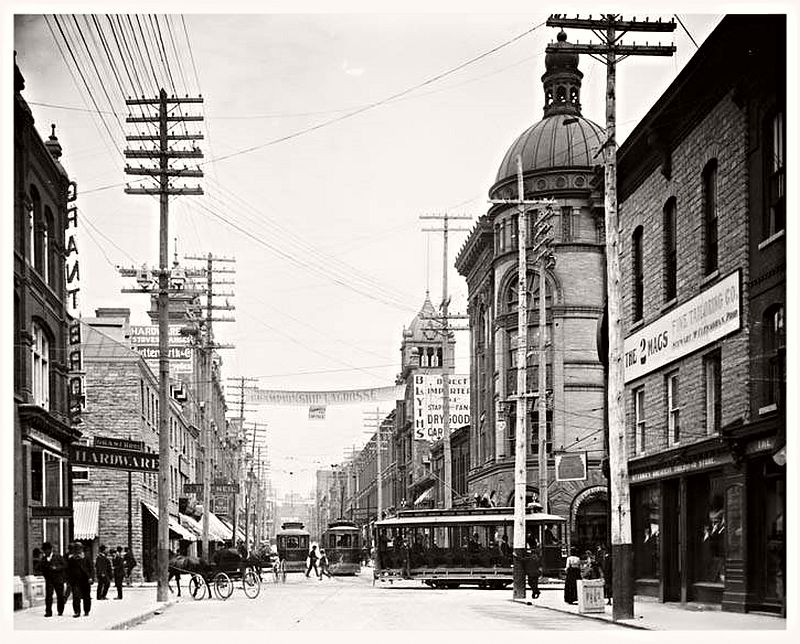 Looking east on Sparks St. at Bank St., ca. 1890s