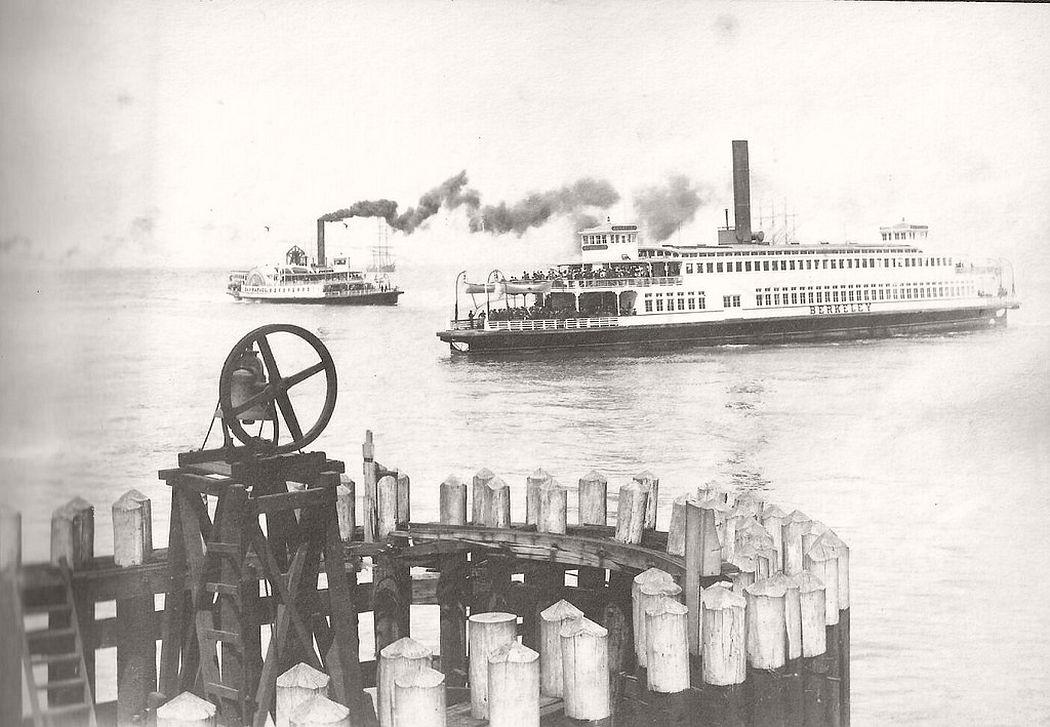Steamer ferries in S.F Bay around 1900
