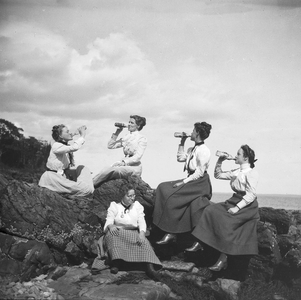 Picnic at Sherman's Point, 1900. Theresa is 2nd from the left holding a bottle.