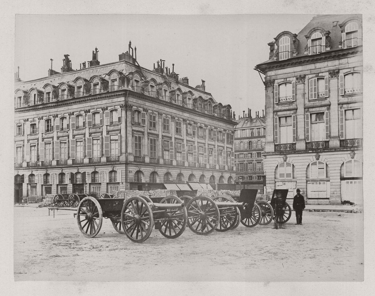 Place Vendôme, 1871.
