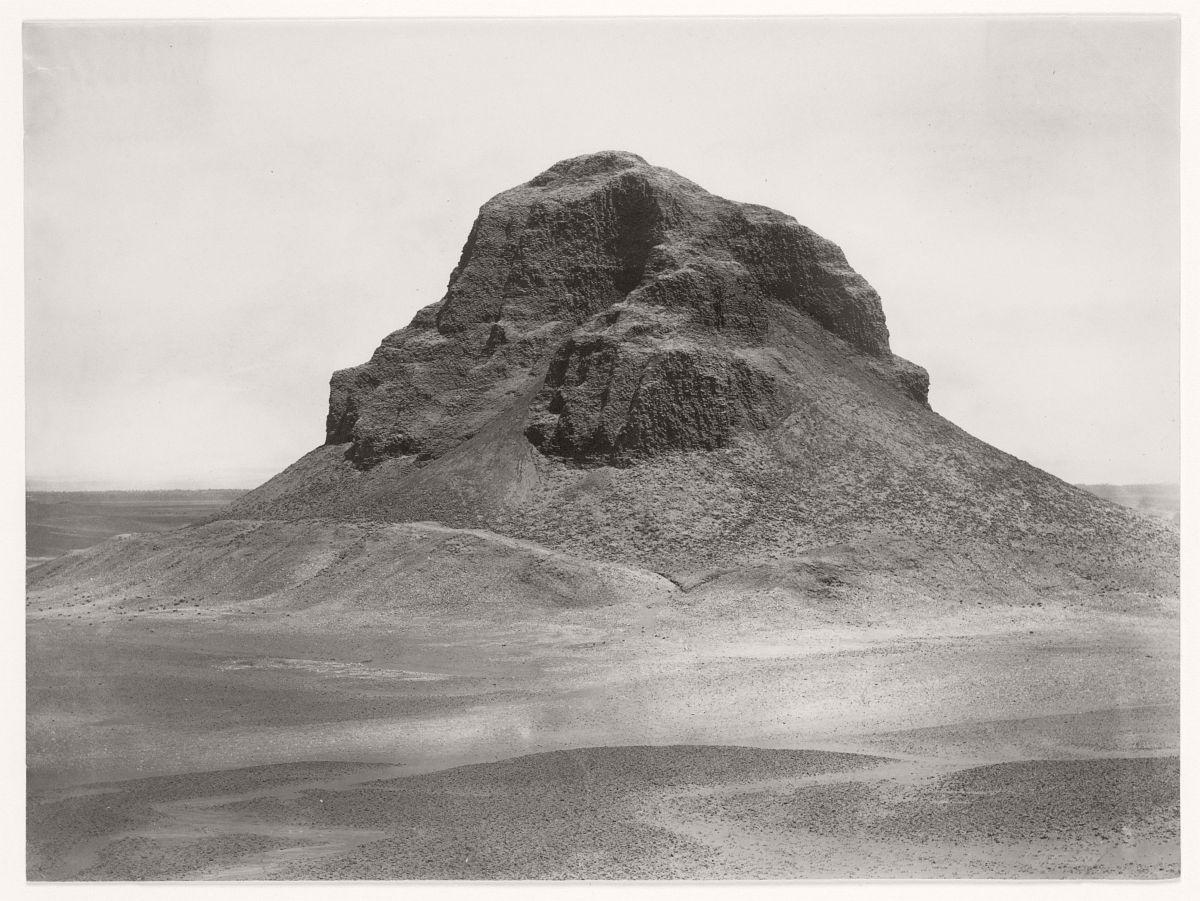 Pyramid at Dahshûr, 1857.