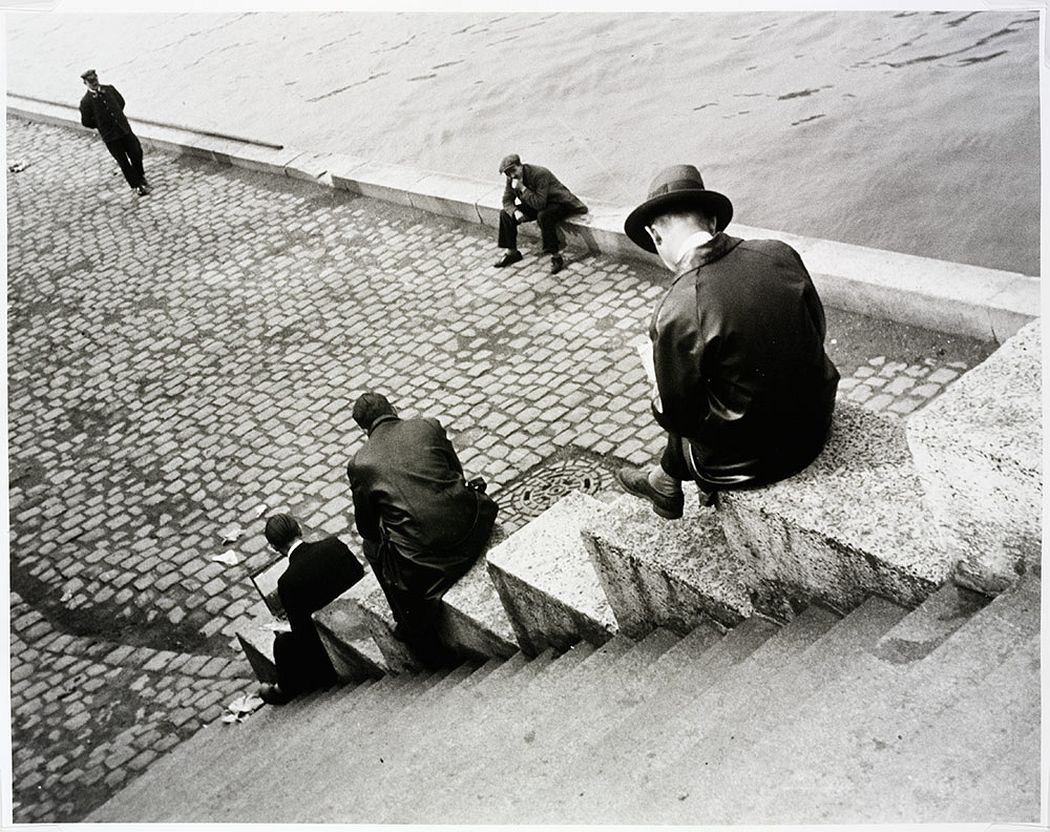 'Three men on steps by the Seine', 1931  © Victoria and Albert Museum, London/Estate of Ilse Bing, courtesy Michael Mattis