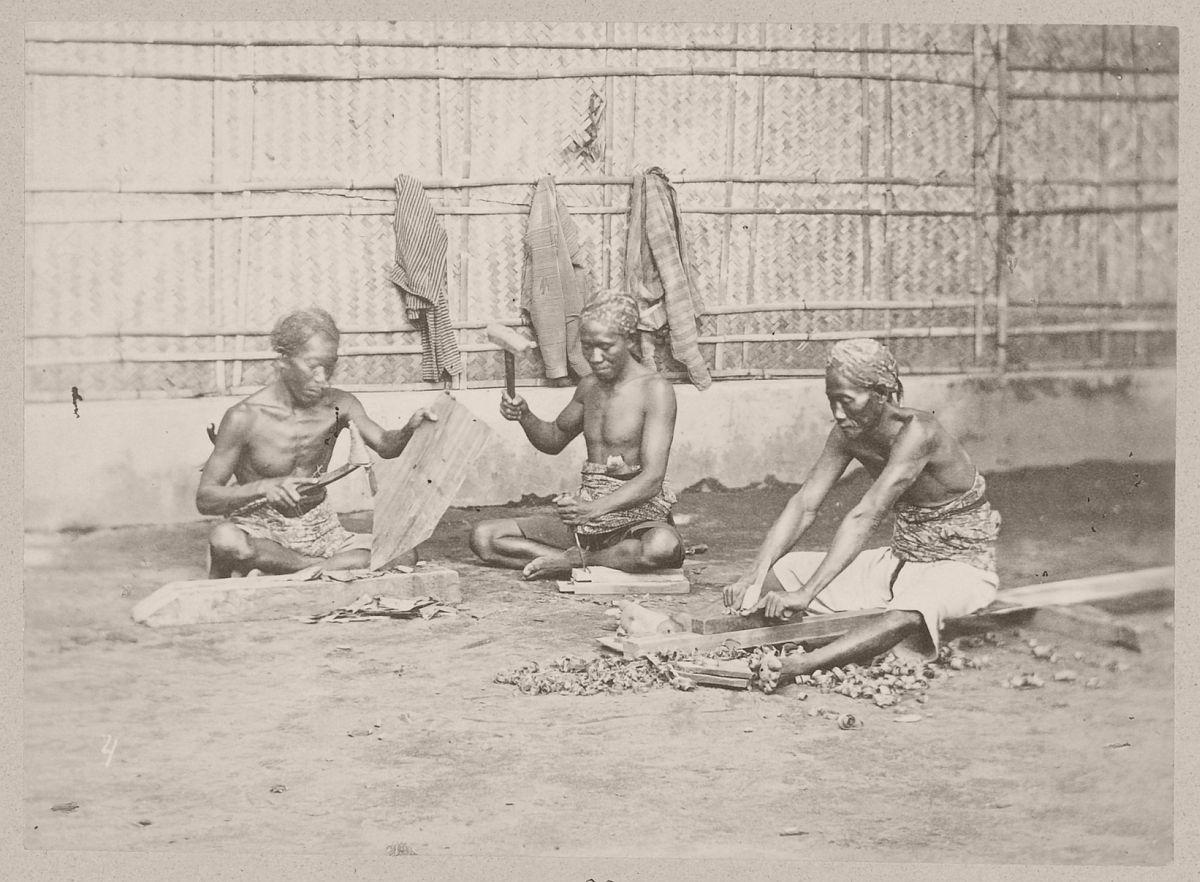 Carpenters, presumably at Yogyakarta, circa 1880