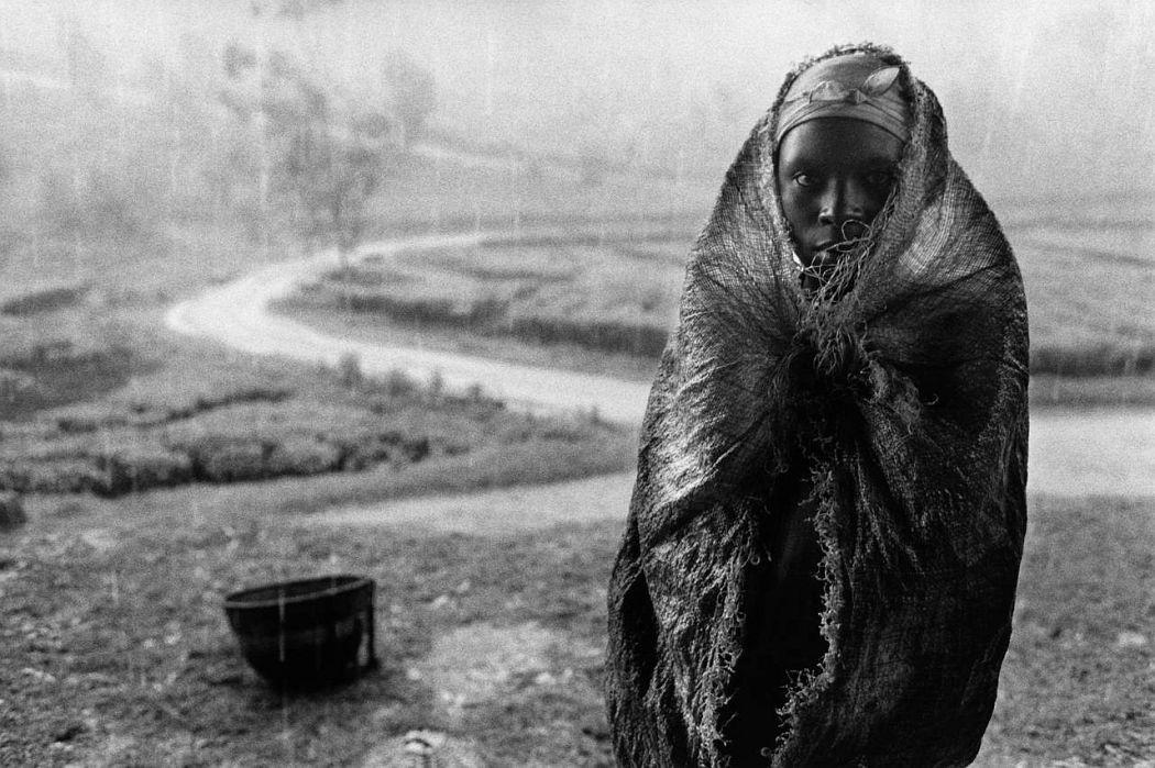 Mata Tea Plantation Worker, Rwanda 1991