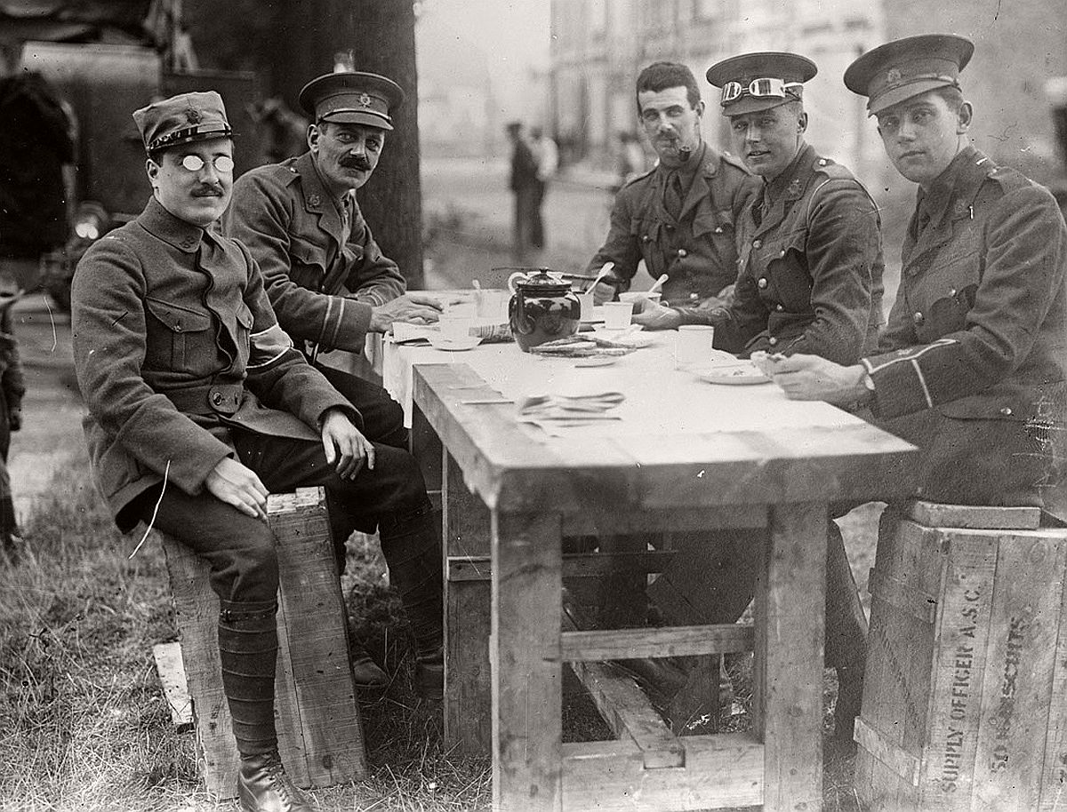 A French officer has tea with English military personnel during World War I. # Library of Congress