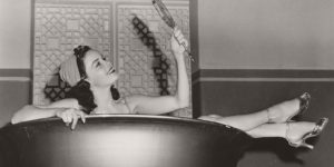 10 Pin-Ups of Famous Actresses from Hollywood's Golden Age