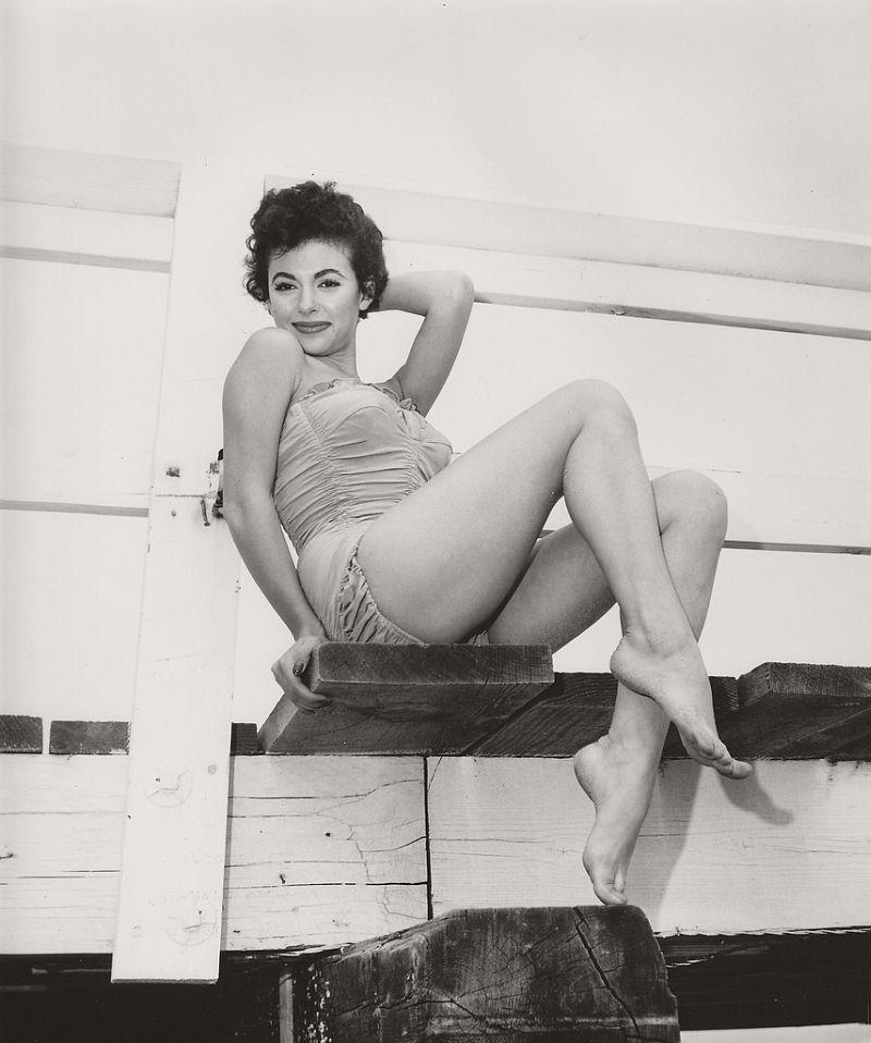 Rita Moreno - c.1957