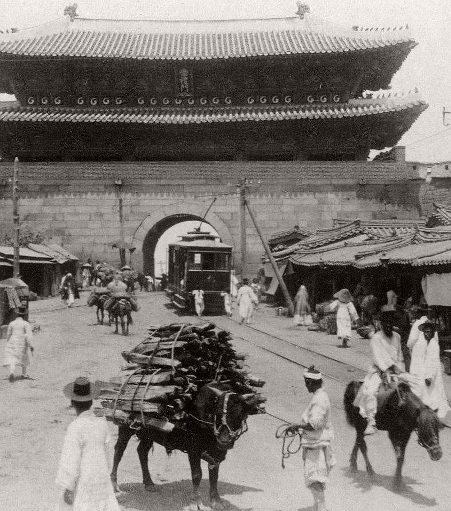 American electric trolley at the South Gate of Seoul, 1903