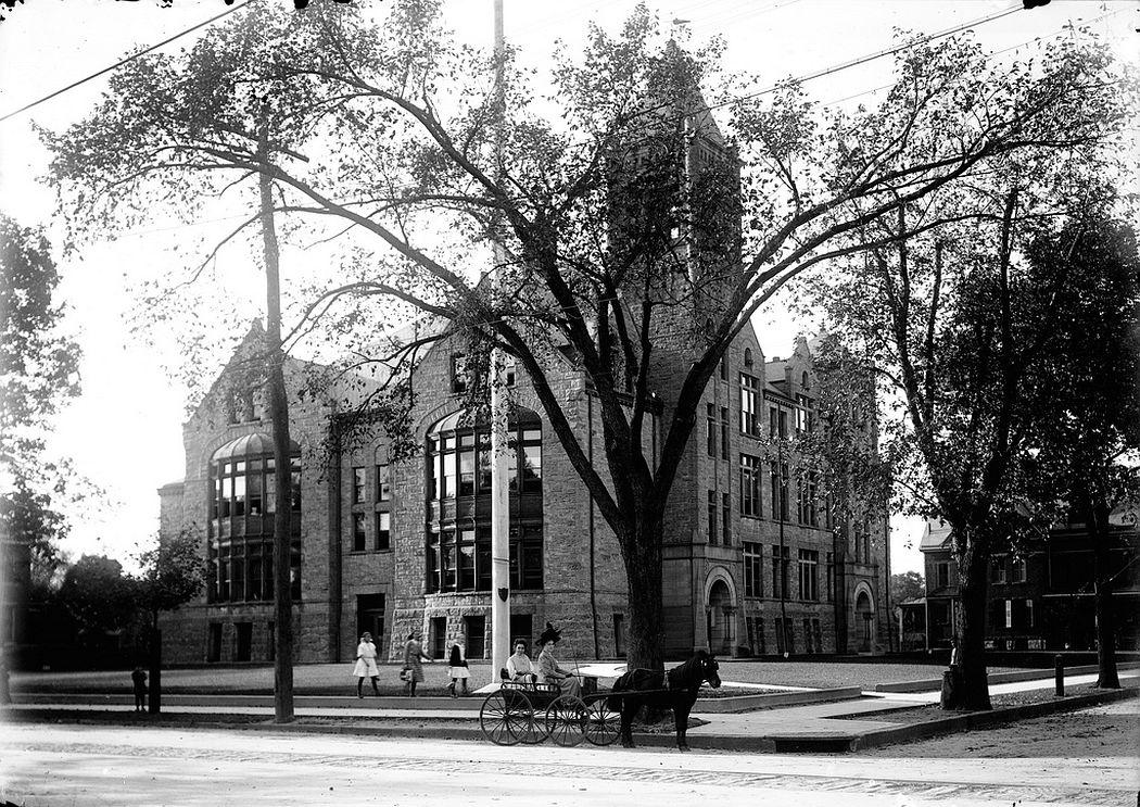 Trenton High School, Trenton, NJ, 1912