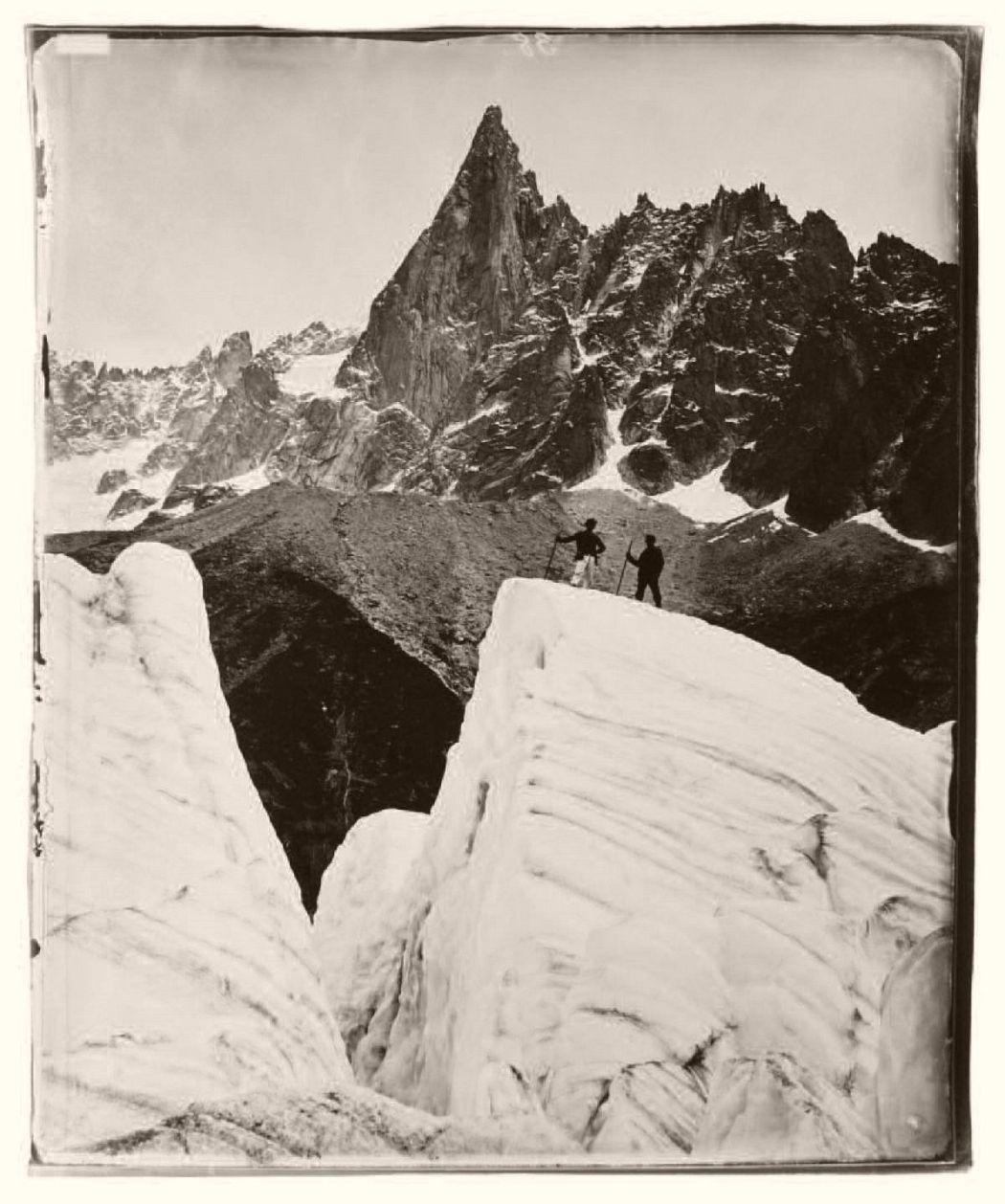 La Mer de Glace et l'Aiguille du Dru, expédition de 1875 © Adolphe Braun