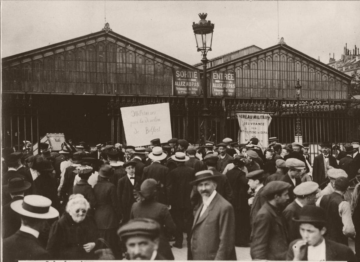1914. Eastern Railway Station of Paris.