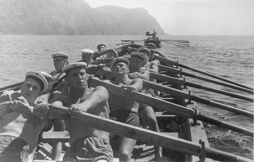 Sergey Shimansky (1898-1972) Navy Fleet, Black Sea (men from Sevastopol), 1930s