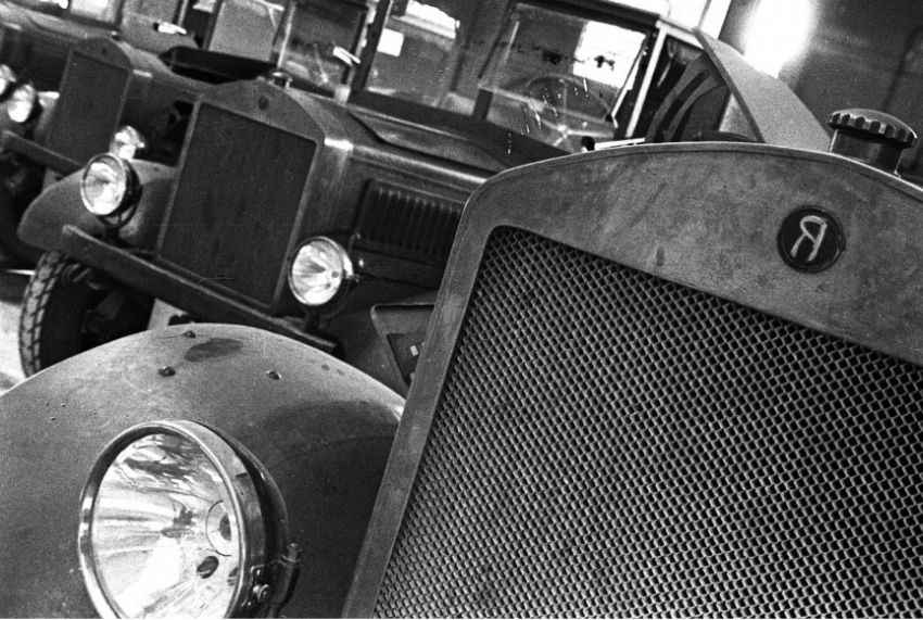 Boris Ignatovich. Our First Cars in the Garage of Mossel'prom, 1933. YaG-3 five ton trucks from Yaroslavl' Automobile Factory