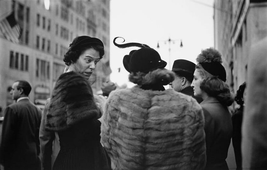 Hats, c. 1950. Picture: © Saul Leiter, courtesy Howard Greenberg Gallery, New York / Steidl