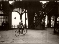 Vintage: Cycling down the Eiffel Tower (1923)