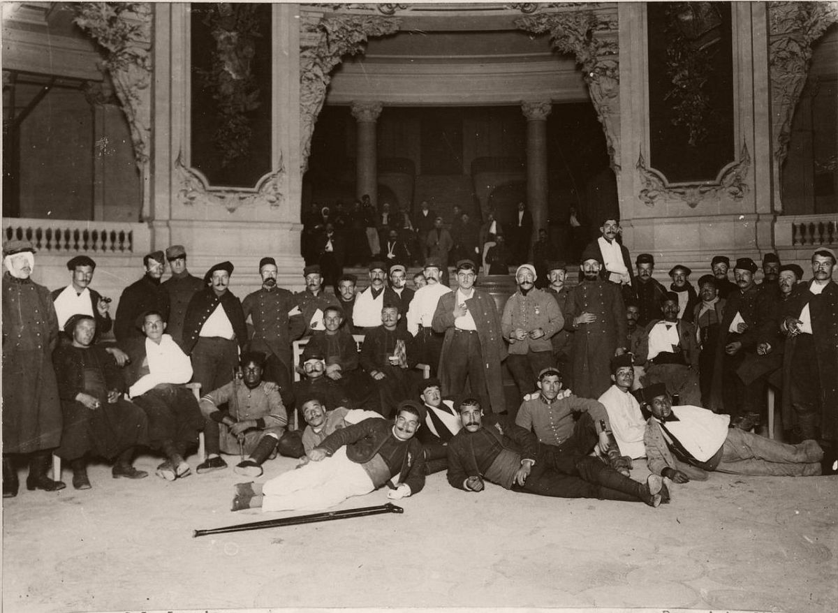 1914. The Grand Palais, which became a hospital for wounded soldiers.