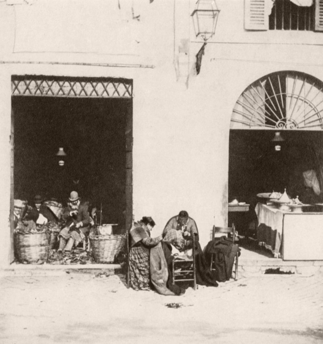 Workshop in the Ghetto, ca. 1890. Photo by Giuseppe Primoli