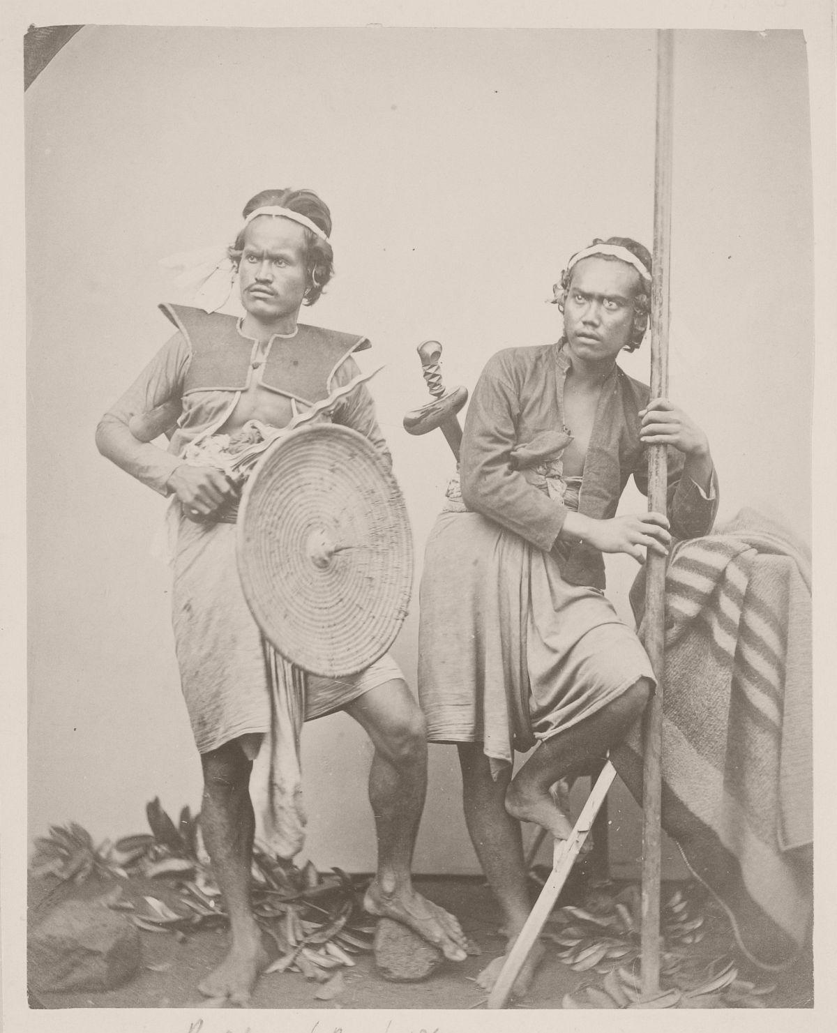 Two warriors, Boeleleng, 1865.