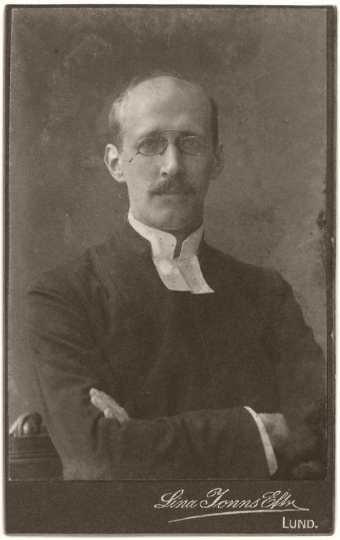 Biography: 19th Century Portrait photographer Lina Jonn